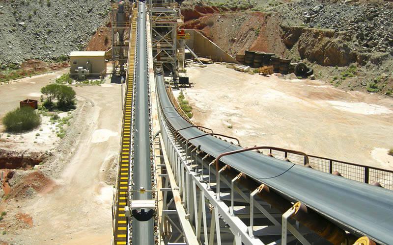 Penggunaan conveyor tambang pada pengolahan miningemas